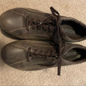 Ecco Leather Casual Shoes sz 39